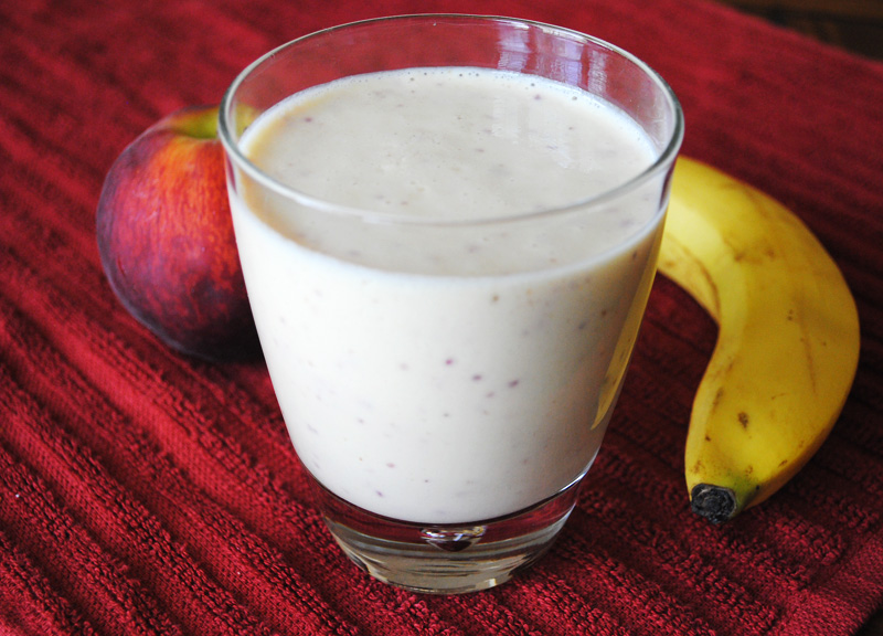Low Fat Peach and Banana Smoothie | Recipe Treasure