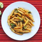 Spicy Penne with Broccoli and Garlic | Recipe Treasure | recipetreasure.com