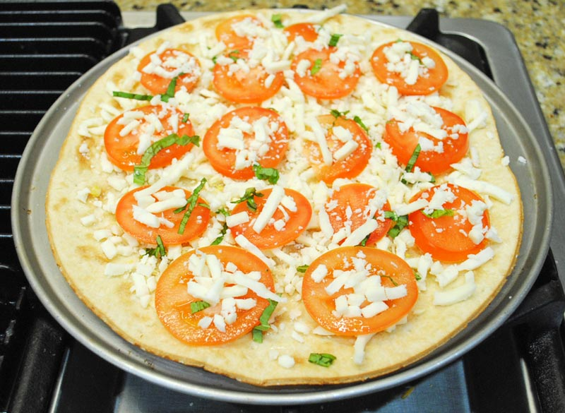 flatbread-margherita-pizza-cheese-basil-recipe-treasure