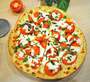 flatbread-margherita-pizza-recipe-treasure-4