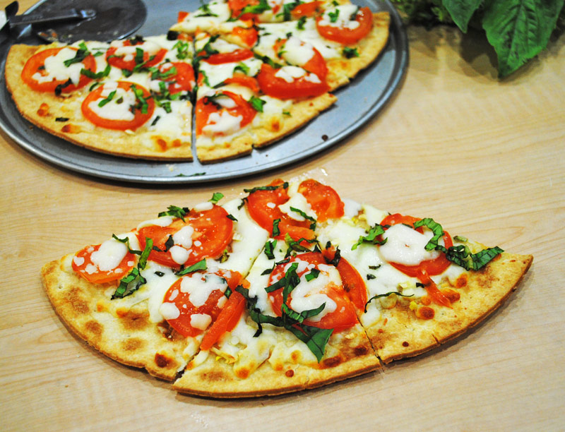 flatbread-margherita-pizza-recipe-treasure