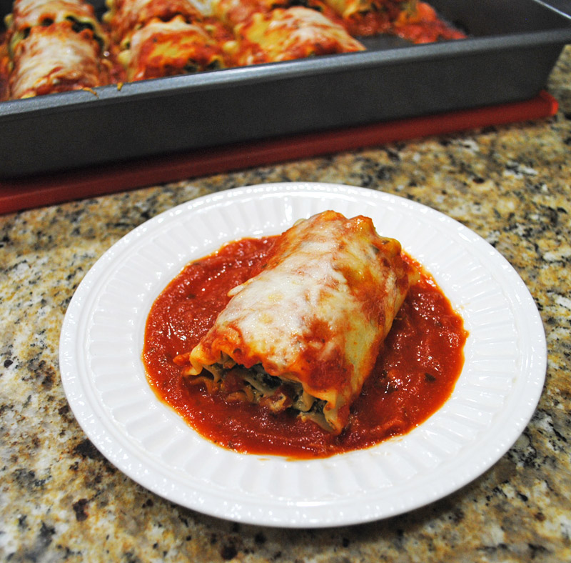 mushroom-spinach-lasagna-roll-ups-recipe-treasure-2
