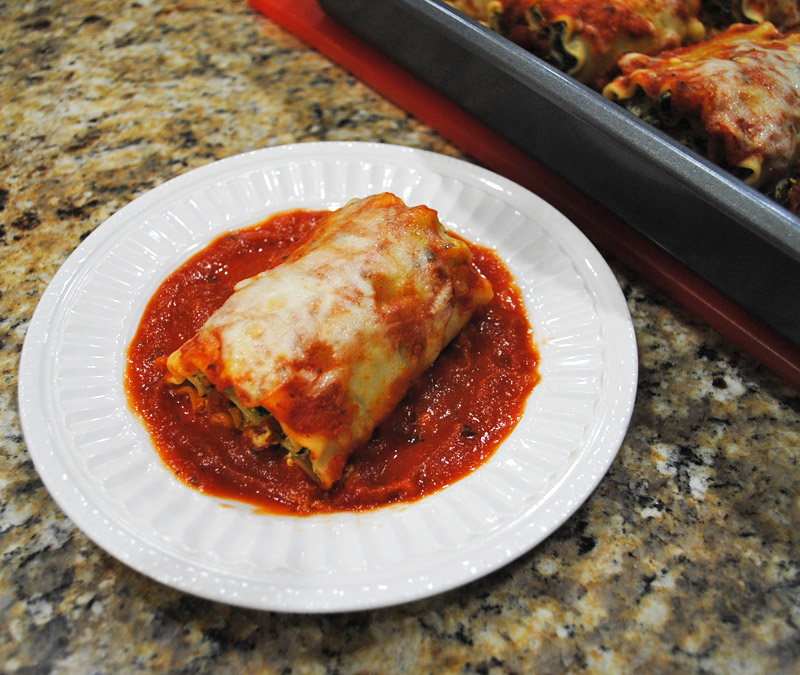 mushroom-spinach-lasagna-roll-ups-recipe-treasure-3