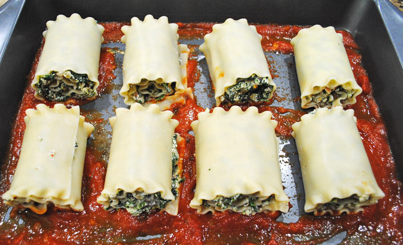 mushroom-spinach-lasagna-roll-ups-rollup-pan-recipe-treasure