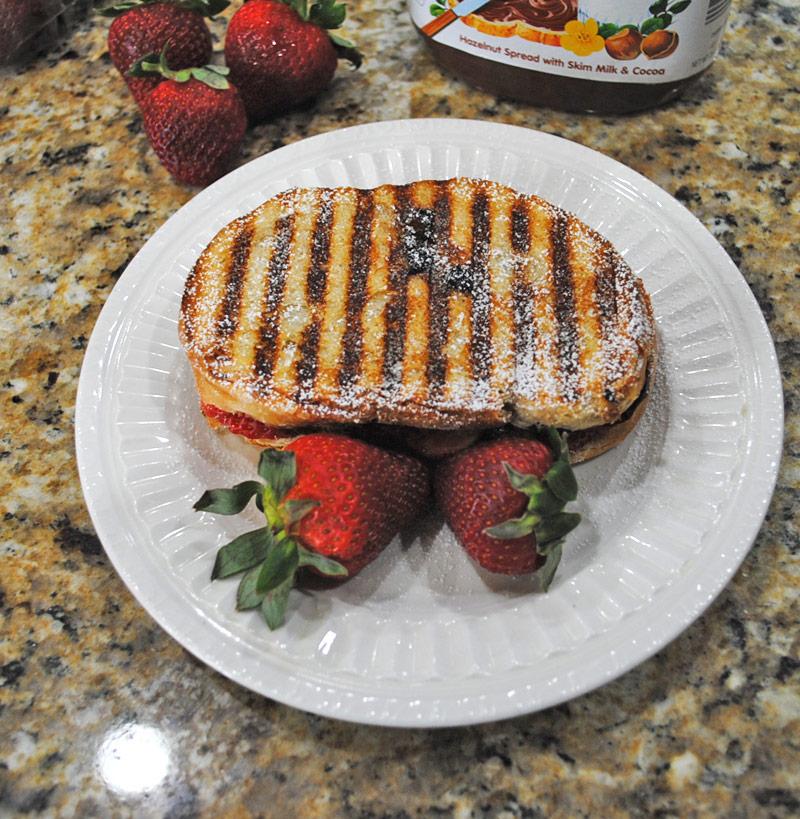 strawberry-nutella-panini-recipe-treasure-3