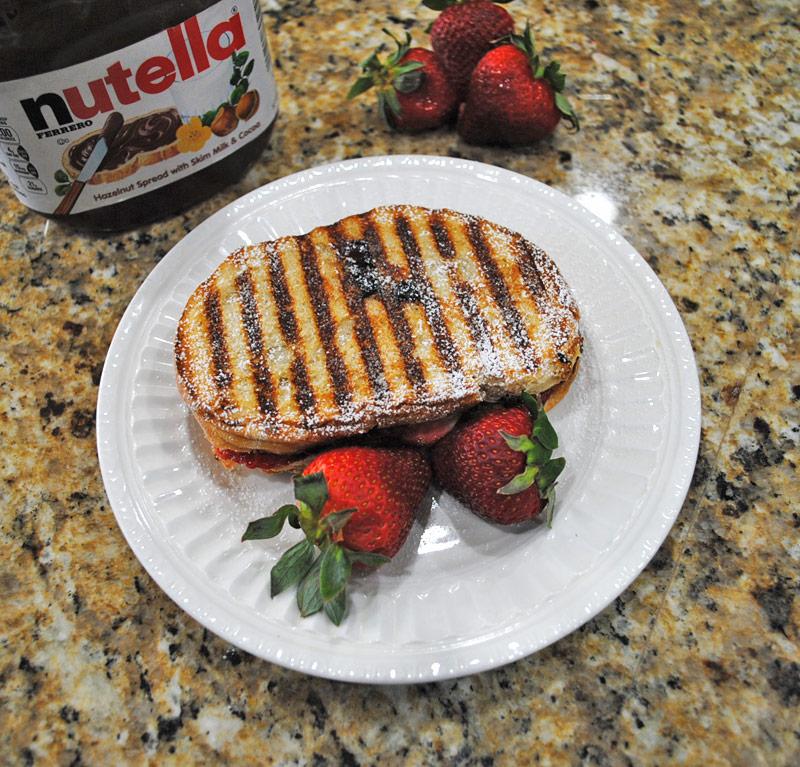 strawberry-nutella-panini-recipe-treasure